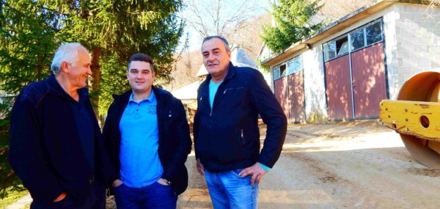 Foto-video: U Rumbocima radno kao da su izbori sutra
