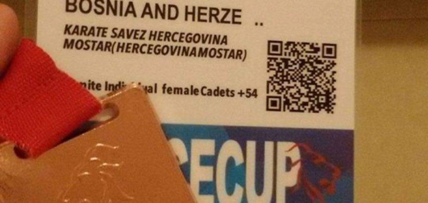 Anita Tadić i Monika Rajić brončane na Europskom karate turniru u Veneciji