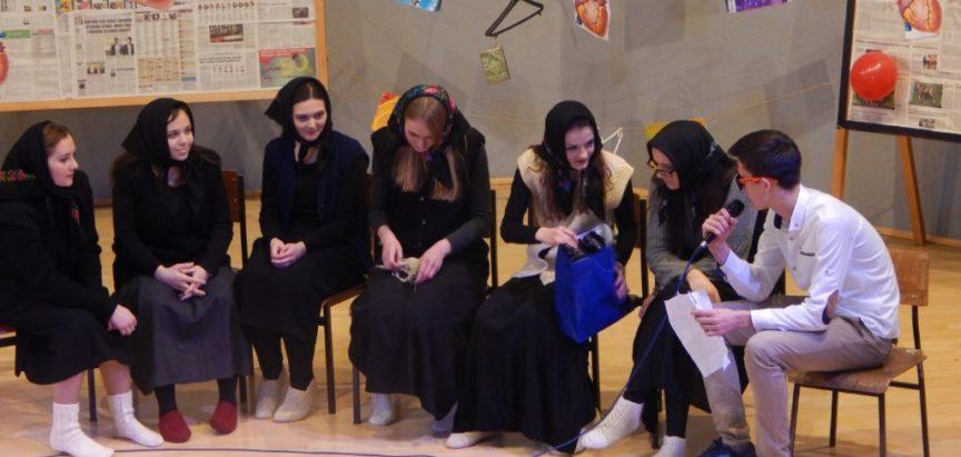 Srednjoškolci, po običaju, oduševili svojim zabavnim programom