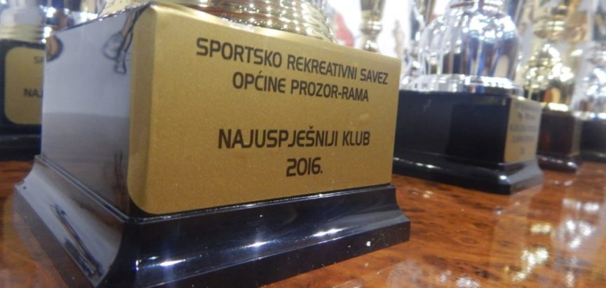 FOTO: Anita Tadić i Ivan Križanac sportaši godine 2016.- KK Empi najbolja ekipa
