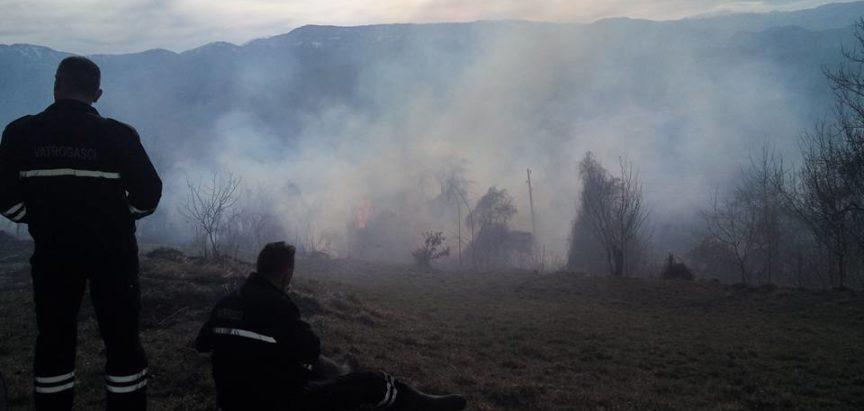 Foto: Proljetne paljevine koje ugrožavaju živote i imovinu