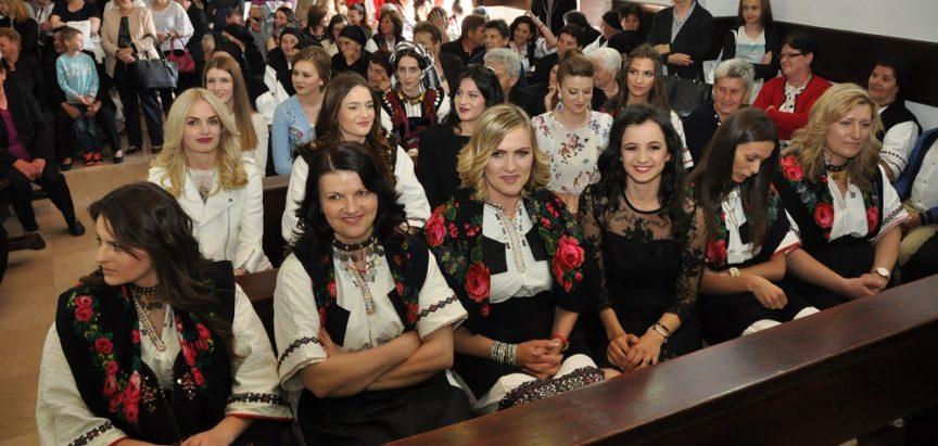 Foto: U župi Rumboci 41 krizmenik