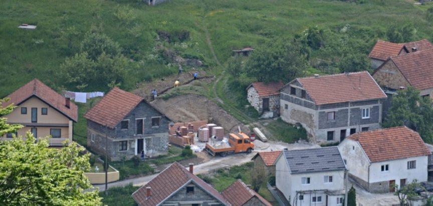 Foto: Na Uzdolu se grade kuće