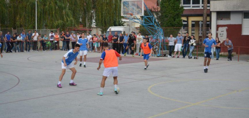 Na malonogometnom turniru završene utakmice po skupinama