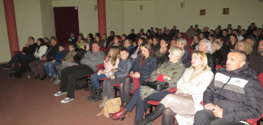 "FOTO: Film ""Hajduk Mijat Tomić"" prikazan u Prozoru"
