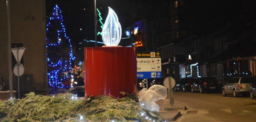 Foto: Upaljena četvrta adventska svijeća