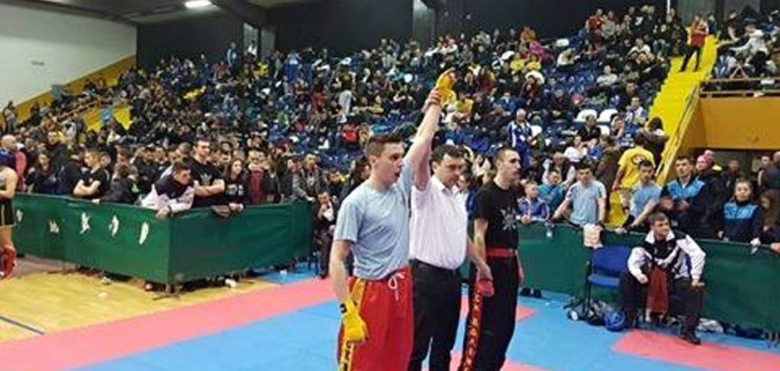 Ivan Kuraja iz Rame sjajan u kickboxingu