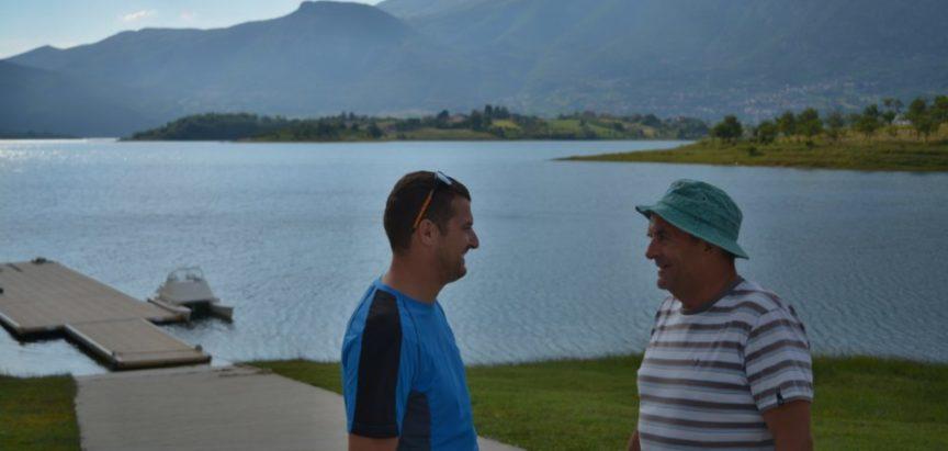 Foto: Veslači iz Zagreba pripremaju se na Ramskom jezeru