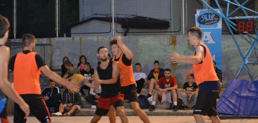 Foto: Odigrane utakmice skupine B Streetballa Rama 2018