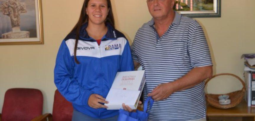 Načelnik Ivančević primio zlatne veslače VK Rama