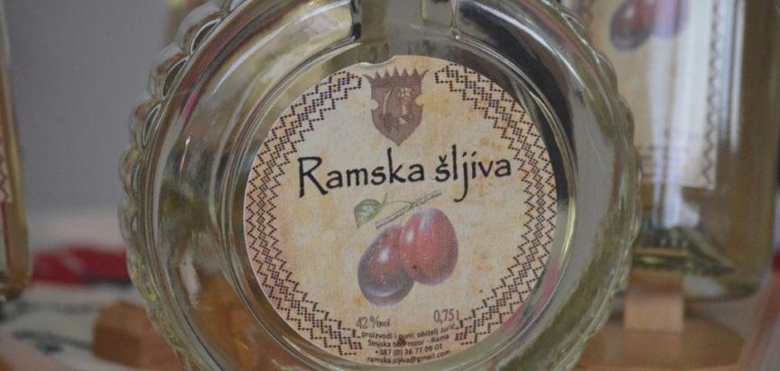 Foto: Otvoren 13. sajam Dani šljive Prozor-Rama