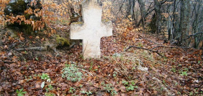 Zemlja grobova; Od Gospina Vrila do Tetina groba