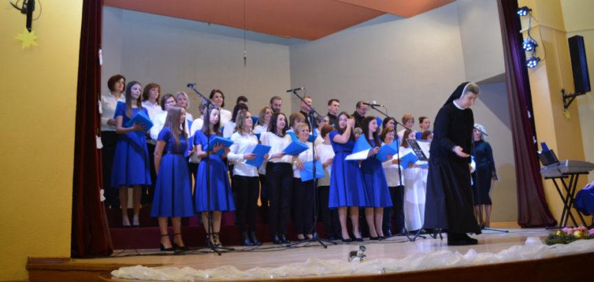 Foto: Održan tradicionalni humanitarni koncert župnih zborova Ramskog dekanata