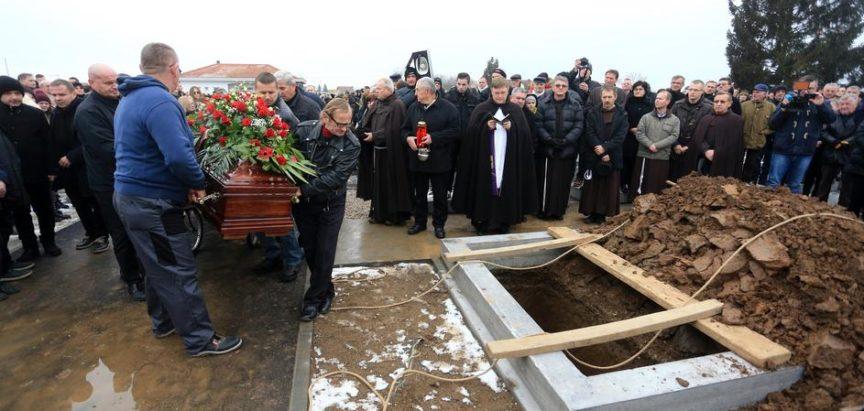 U Orašju pokopan glumac Ivo Gregurević