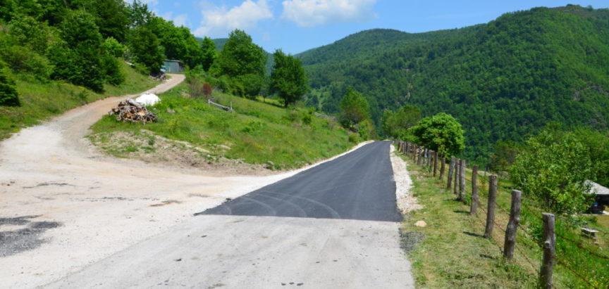 Foto: Završen dio regionalnog puta R 418 b kroz naselje Kute