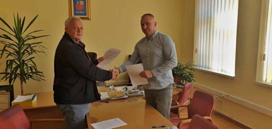 Potpisan Ugovor za izgradnju vodovoda za Gornji Lug