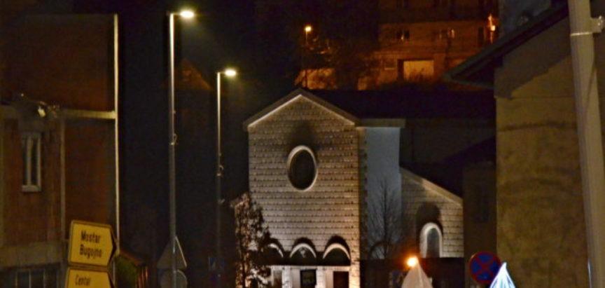 Foto: Upaljena prva adventska svijeća u Prozoru