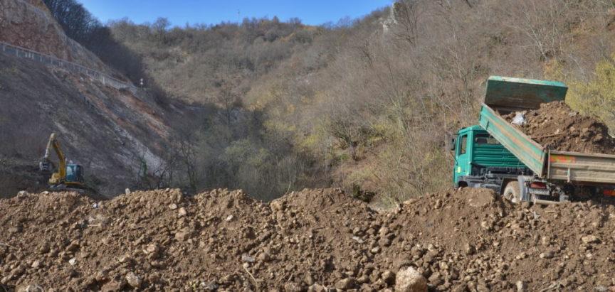 Foto: Započeli zemljani radovi za sortirnicu otpada i reciklažu