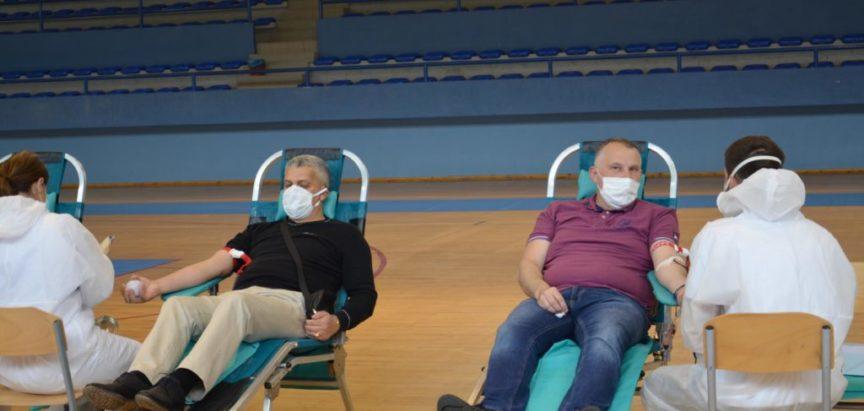 Foto: U akciji dragovoljnog darivanja krvi u Prozoru prikupljeno 39 doza