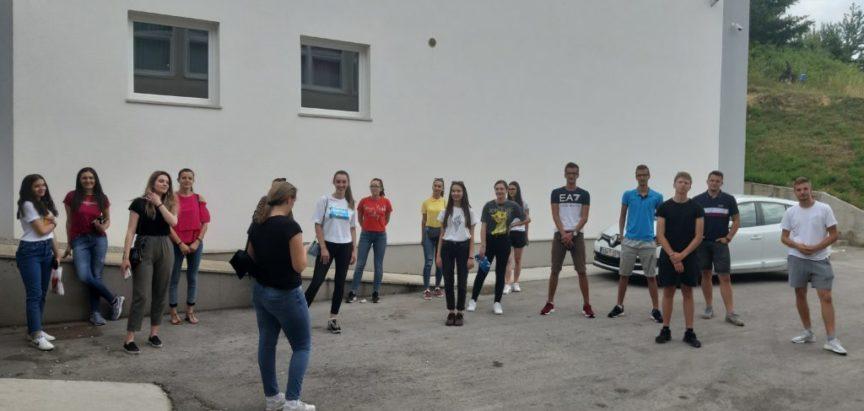 Maturanti Srednje škole Prozor obilježavaju kraj srednjoškolskog obrazovanja