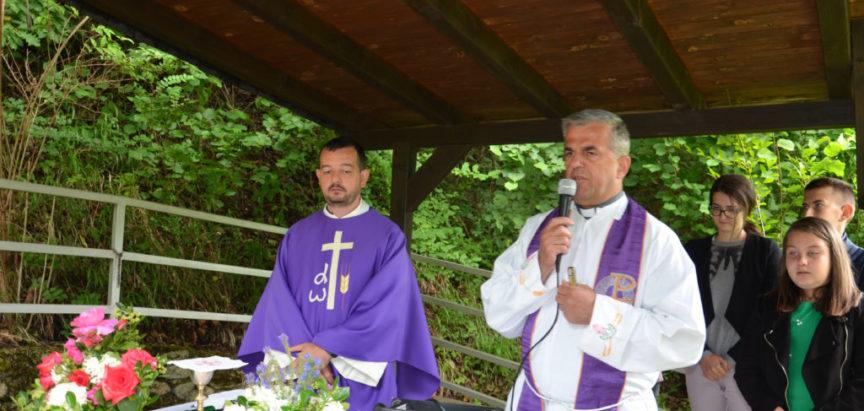 Foto: Misnim slavljem obilježen spomen na ubijenog fra Stjepana Barišića
