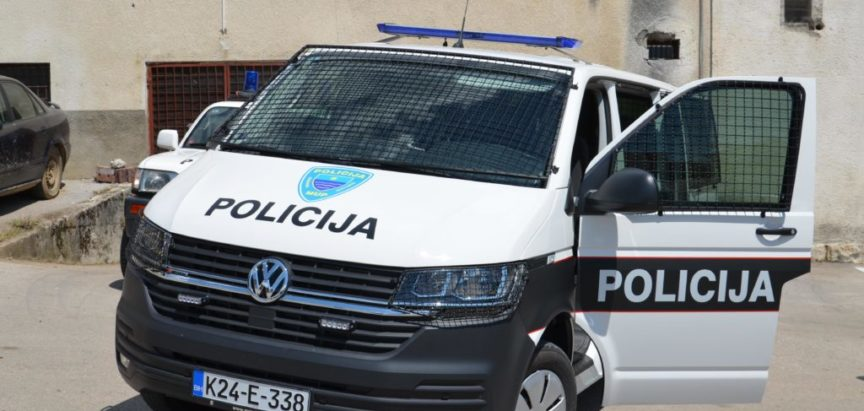 Općina Prozor-Rama poklonila vozilo policijskoj postaji Prozor-Rama – dogodine gradnja zgrade