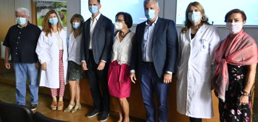 """Davor Šuker donirao NZZJZ """"Dr. Andrija Štampar"""" uređaj koji će udvostručiti dosadašnje kapacitete testiranja na koronavirus"""