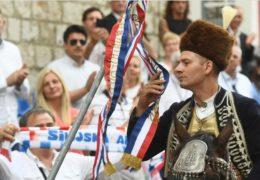 Ivo Zorica slavodobitnik 305. sinjske alke! Pobjedu je odnio s ukupno sedam punata, tribine pljeskom ispratile govor predsjednika Milanovića