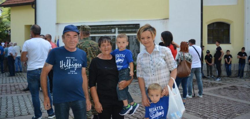 Foto: Na Uzdolu obilježena 27. obljetnica zločina