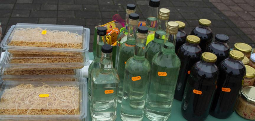 FOTO: Potpora misijama prodajom domaćih proizvoda