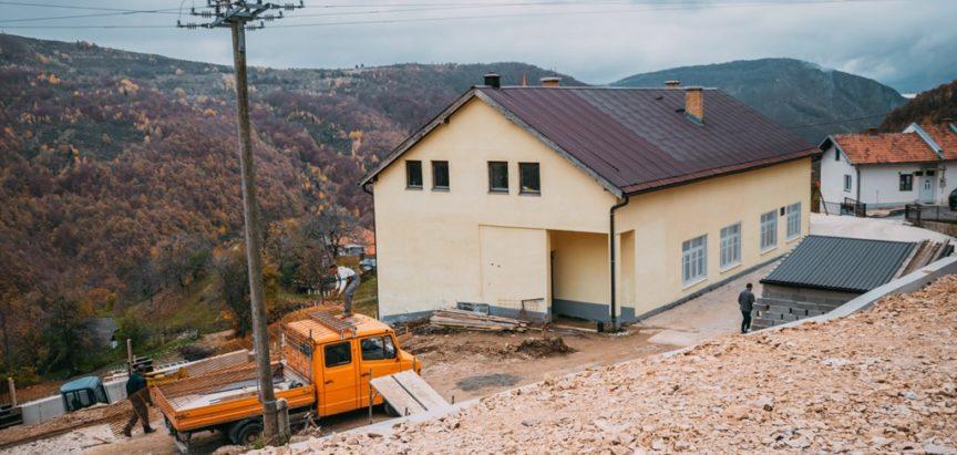 """Osnovna škola """"Šćipe"""" dobiva sportsku dvoranu"""