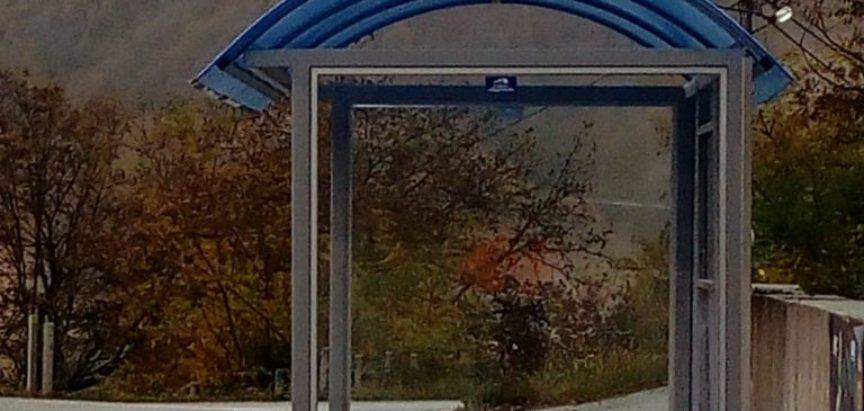 Započelo postavljanje autobusnih stajališta