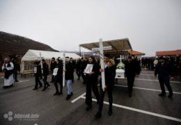 Tisuće ispratilo u Rakitnu šestero tragično preminulih mladih osoba