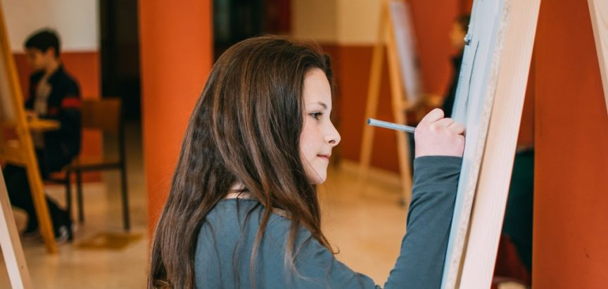 U tijeku je Škola crtanja i slikanja u Domu kulture