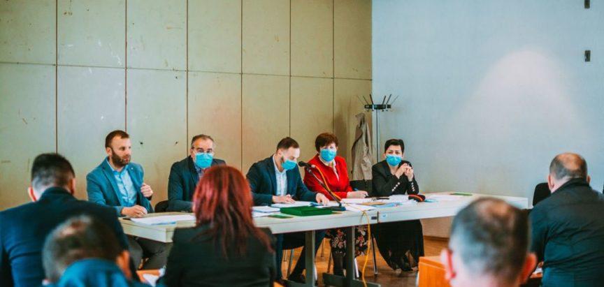 Općinsko vijeće održalo šestu sjednicu o izvješćima javnih poduzeća i zaključkom o stanju u šumarstvu