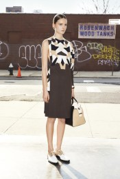 givenchy_009_1366.450x675
