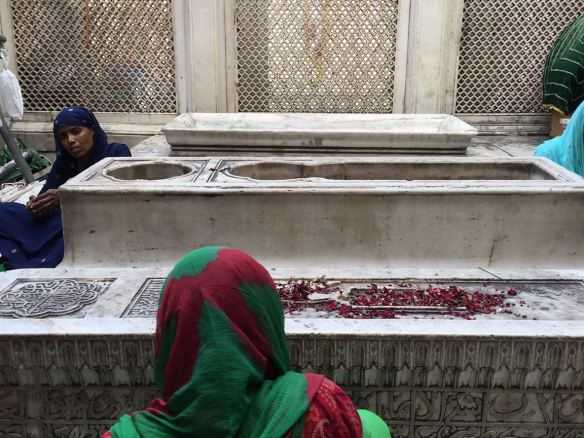 some unknown graves of nobles, seeking proximity to the Sufi saint, Jamali