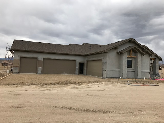 Valdoro with 5-Car Garage in Process in Colorado