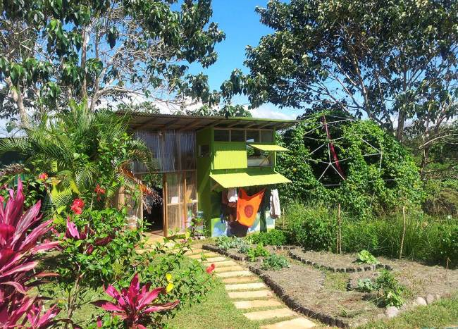 Eco House for Students and Volunteers