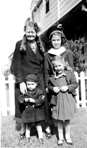 Alma Englemann Schreiber & grandkids