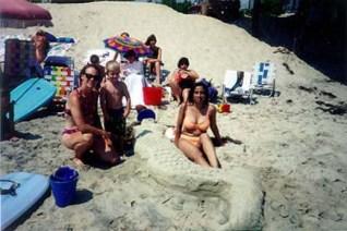 Kathy, Chris, Claire, Glenda, Ellen & Lisa with Mermaid sand sculpture