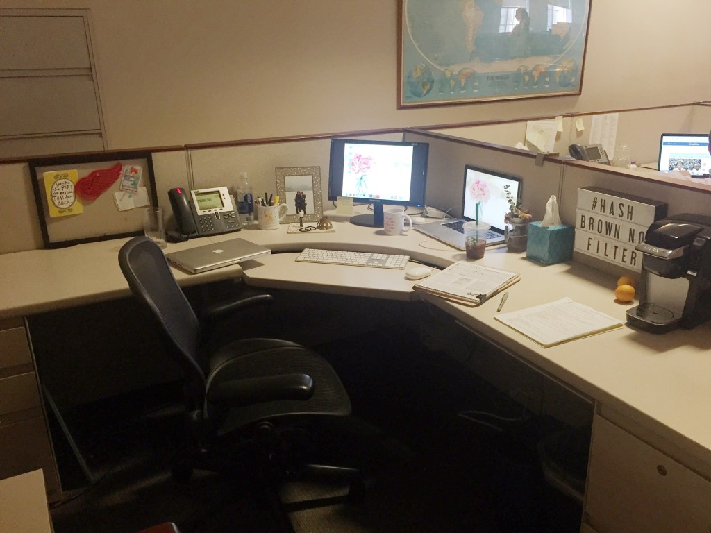 chicago_tribune_young_professional_desk