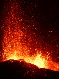 eruption25aout2015 250