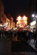 16-Temple Bar by night1
