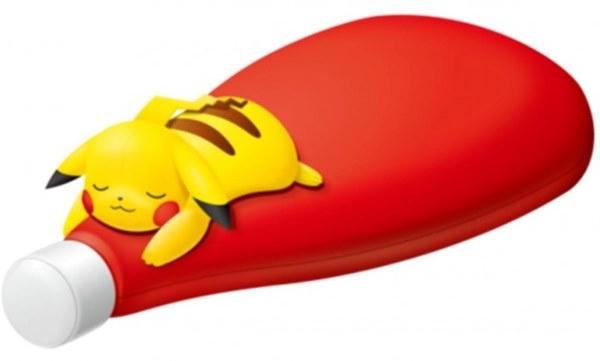 「ピカチュウ抱き枕」