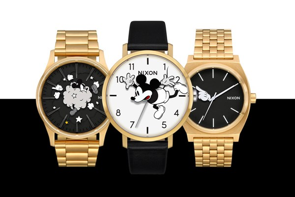 THE MICKEY MOUSE 90TH ANNIVERSARY Collection ウォッチアイテム