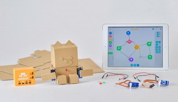 【プログラミングおもちゃ】embot(エムボット)