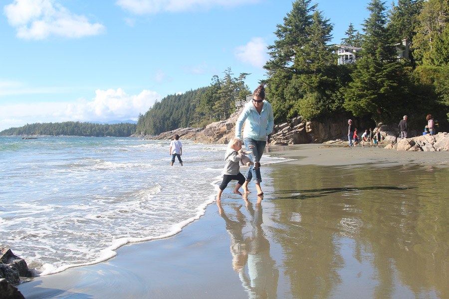Chasing waves in Tofino