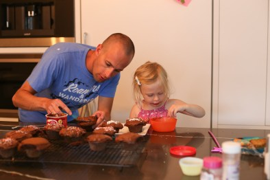 Josh on icing, Ry on... eating the decorations.