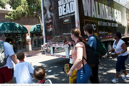 'Rear of the Walking Dead Truck' photo (c) 2011, Ewen Roberts - license: http://creativecommons.org/licenses/by/2.0/
